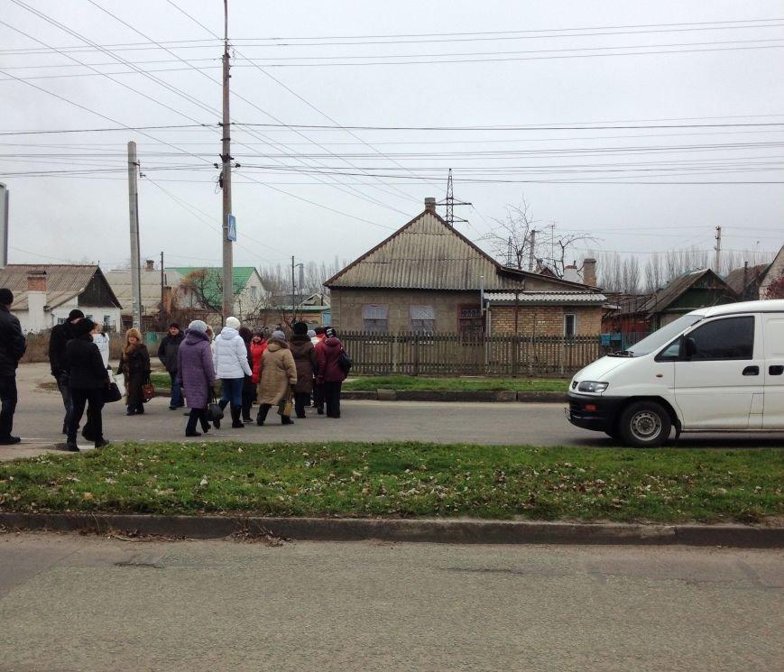 Персонал Никопольской станции скорой помощи продолжает отстаивать своё здание (фото), фото-8