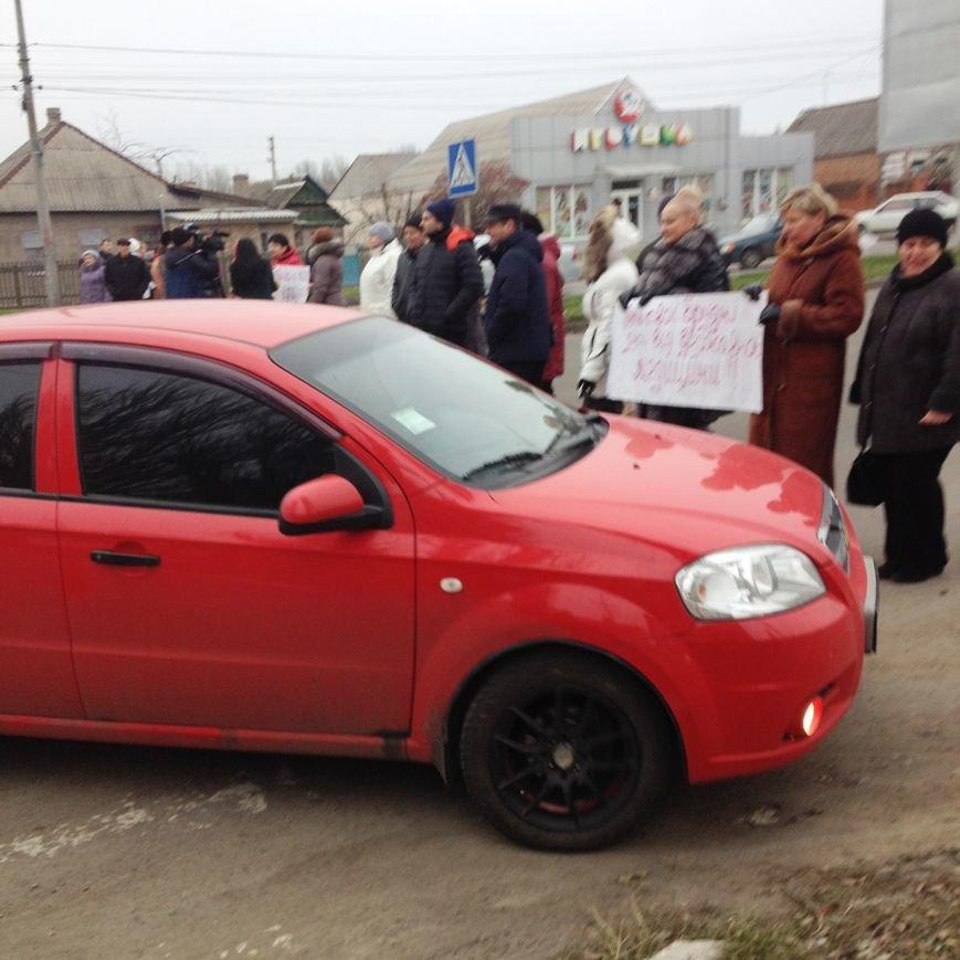 Персонал Никопольской станции скорой помощи продолжает отстаивать своё здание (фото), фото-11