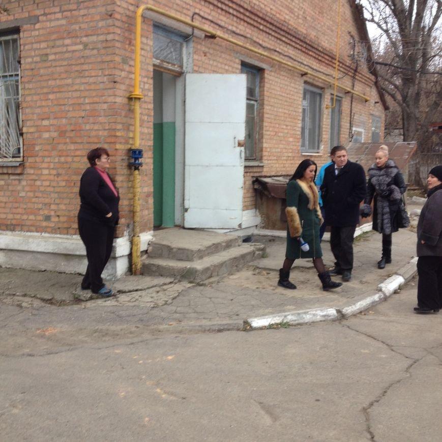 Вот, как выглядит одно из помещений, куда предполагается разместить часть сотрудников Никопольской скорой (фотофакт), фото-1