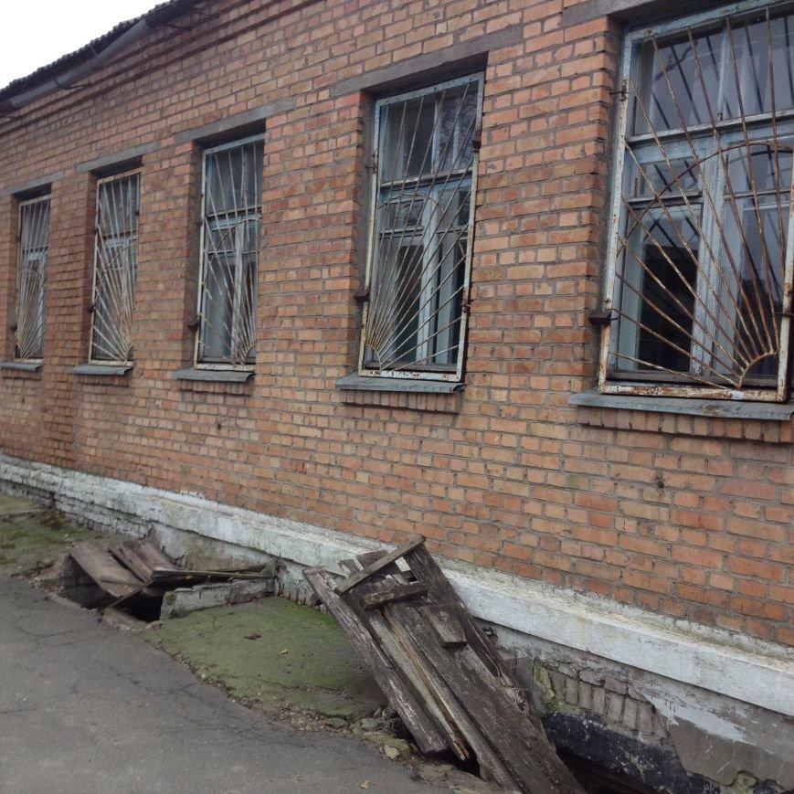 Вот, как выглядит одно из помещений, куда предполагается разместить часть сотрудников Никопольской скорой (фотофакт), фото-2