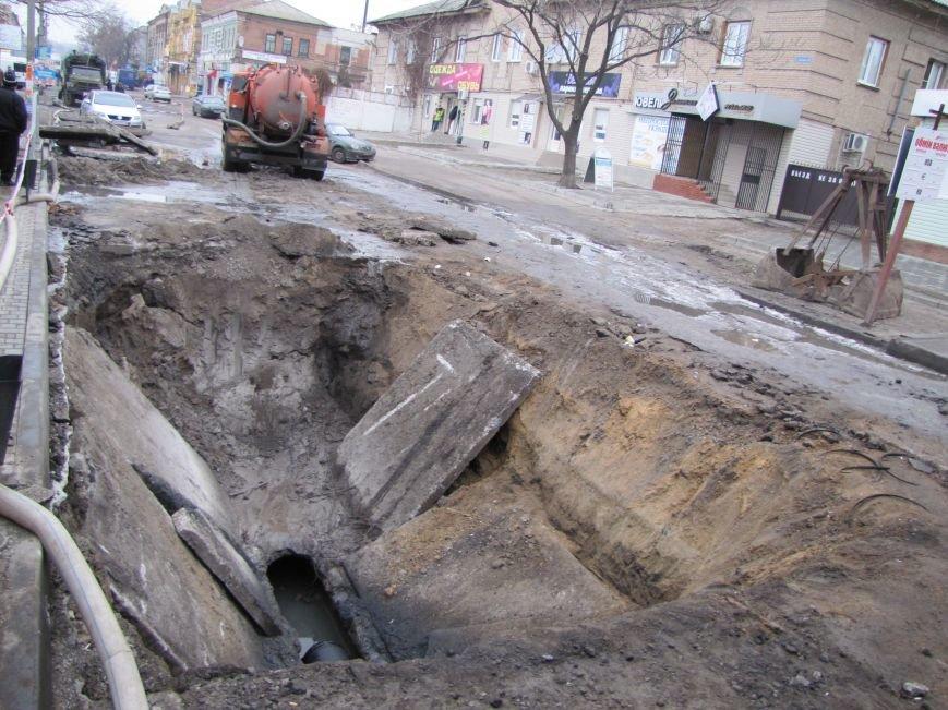 Мелитополь рекордными темпами проводит реконструкцию коллекторов, фото-3