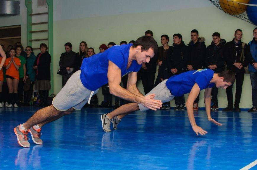 Студенты показали силу и выносливость на соревнованиях по аэробике в ТГАТУ, фото-1