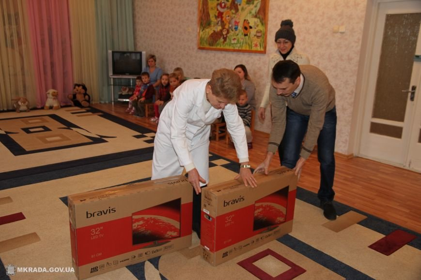 Благотворители передали подарки Николаевскому дому ребенка (ФОТО), фото-2