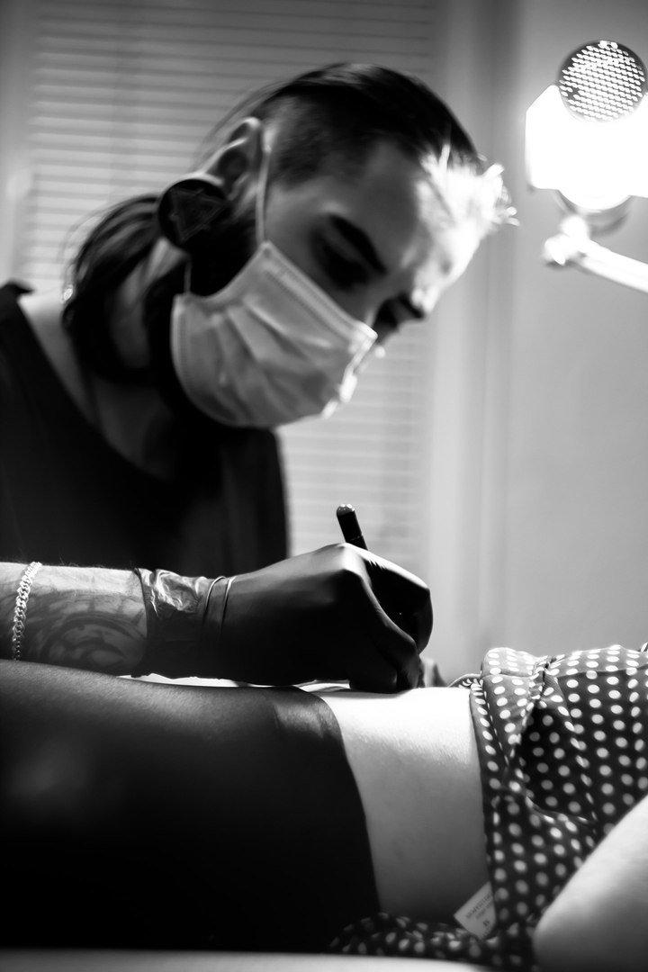 Куди дзвонити, якщо захотілося набити татуювання. Огляд відомих тату-художників Франківська, фото-1