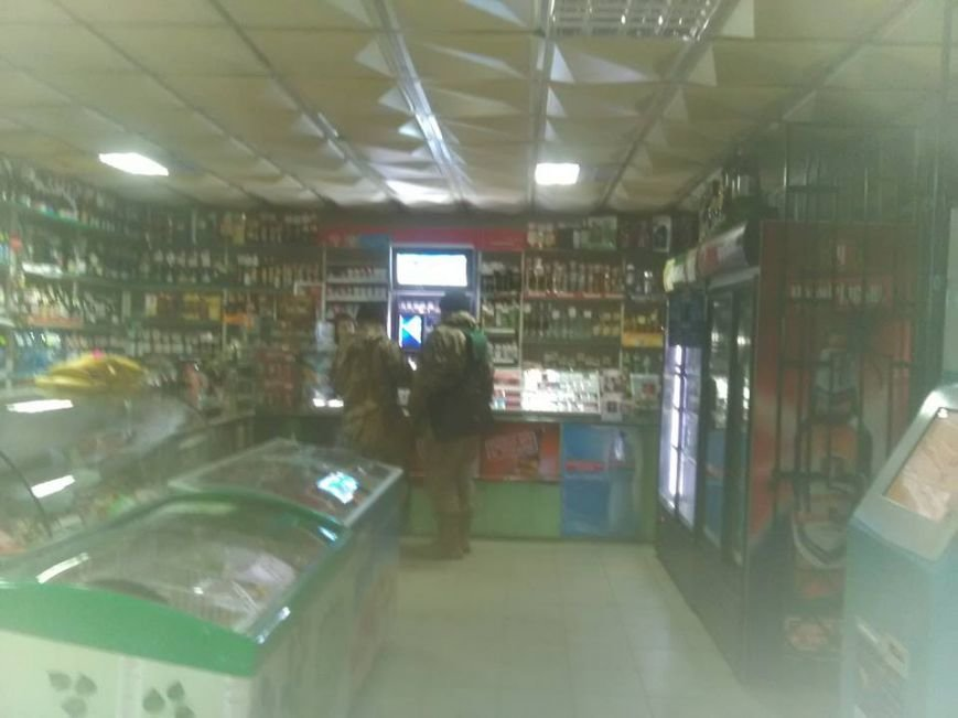 У Коломиї порушують заборону на продаж алкоголю атовцям (ФОТО), фото-1
