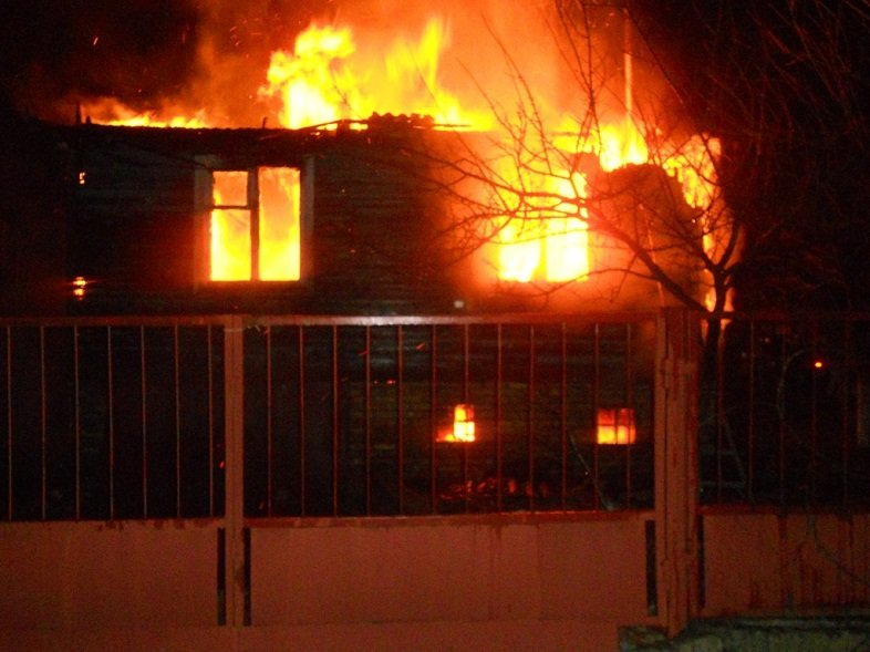"""У Броварах згоріло авто """"Mitsubishi Outlander"""", а на Броварщині дачний будинок (ФОТО), фото-4"""