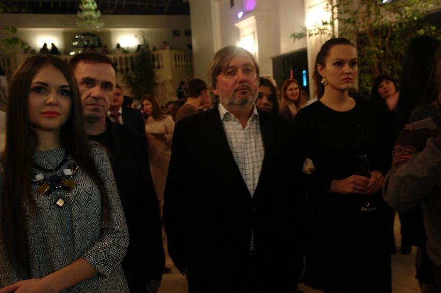 На підтримку пораненим бійцям АТО у Франківську провели благодійний аукціон (ФОТО+ВІДЕО), фото-3