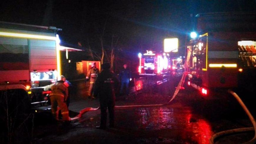 В Симферополе ночью сгорело кафе (ФОТО, ВИДЕО, обновлено), фото-4