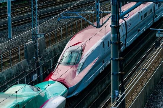 Япония запускает в эксплуатацию новый скоростной поезд (фото, видео), фото-10
