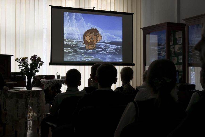 В Ялтинском историко-литературном музее прошел праздник «Восславим Женщину-Мать», посвященный Дню Матери, фото-1