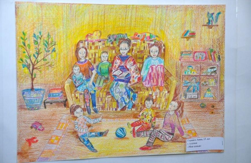 Все для любимых мам, - в Алупке открылись  детские выставки, фото-1