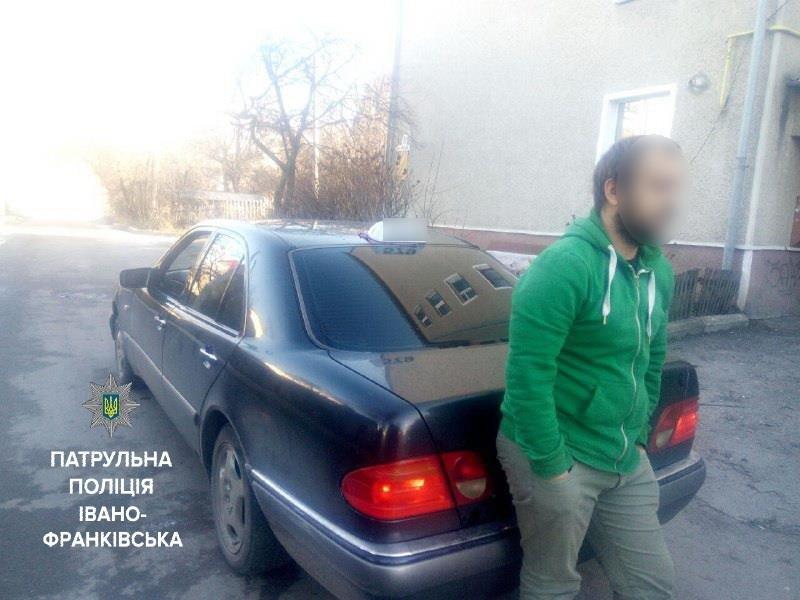 Івано-Франківськом їздив п'яний водій таксі, фото-1