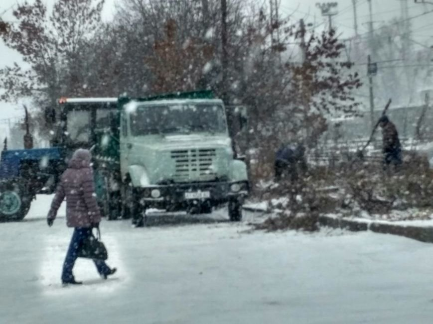 Неоднозначная уборка в Вишневом (ФОТОРЕПОРТАЖ), фото-2