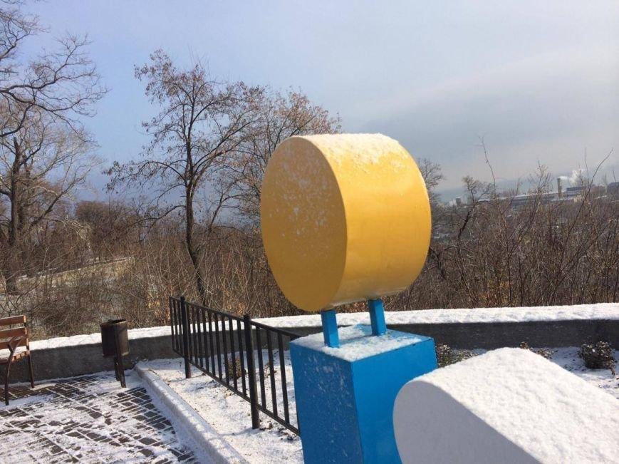 Первый снег в Мариуполе  порадовал с утра, но уже успел растаять (ФОТО), фото-16