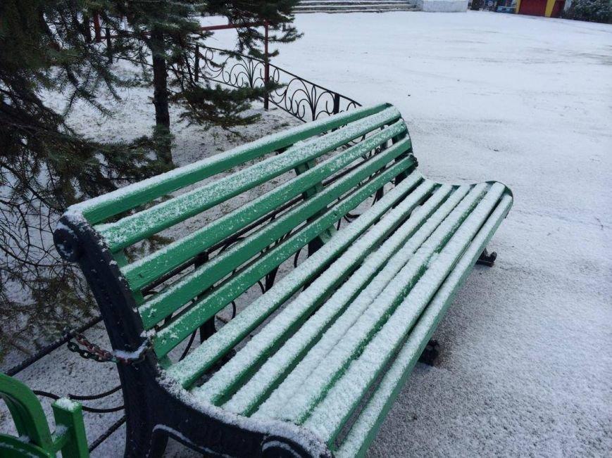 Первый снег в Мариуполе  порадовал с утра, но уже успел растаять (ФОТО), фото-18