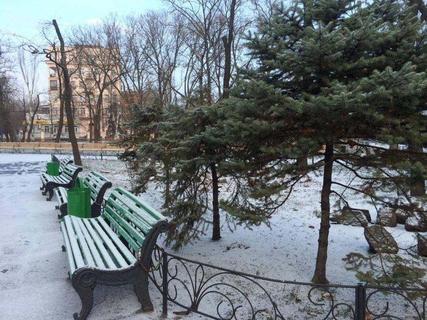 Первый снег в Мариуполе  порадовал с утра, но уже успел растаять (ФОТО), фото-14