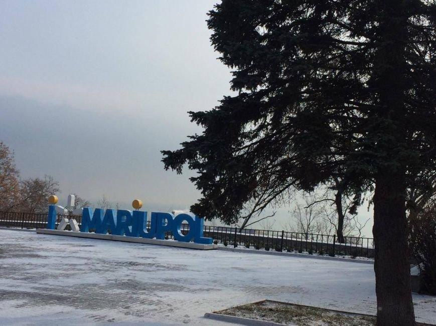 Первый снег в Мариуполе  порадовал с утра, но уже успел растаять (ФОТО), фото-1