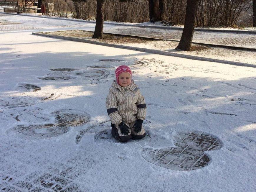 Первый снег в Мариуполе  порадовал с утра, но уже успел растаять (ФОТО), фото-8