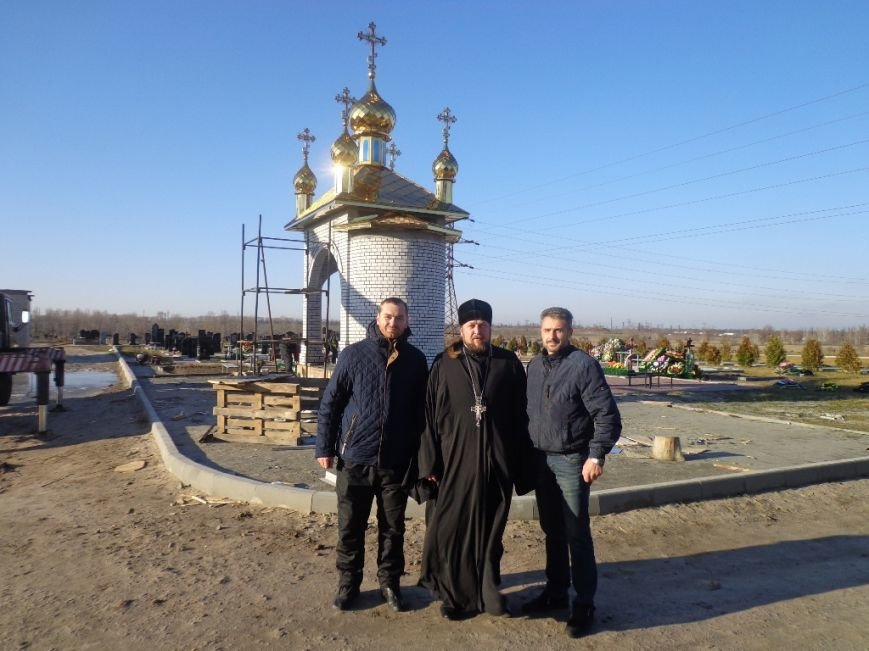 На часовню святого Николая возвели купола с освященными крестами (фото), фото-8