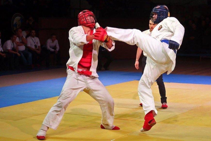 Сахалинец завоевал золото на Всероссийском турнире по армейскому рукопашному бою, фото-1
