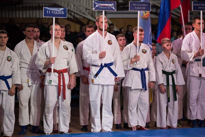 Сахалинец завоевал золото на Всероссийском турнире по армейскому рукопашному бою, фото-4