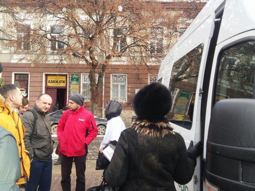 Сьогодні на Театральному майдані провели безкоштовне тестування  на ВІЛ-СНІД (фото), фото-8