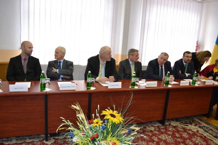 ЕС выделит 10 млн евро на решение проблем бывшего ПХЗ в Каменском, фото-1