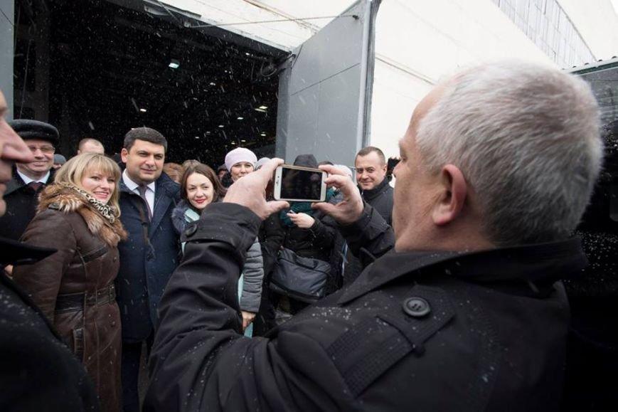 Глава Правительства гордится автотехникой с Полтавщины, фото-1