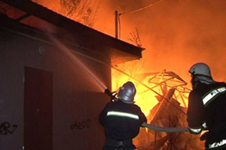На Іршавщині згоріла тонна сіна, фото-1