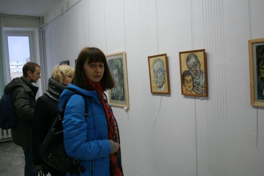 В Новополоцке открылась вторая персональная выставка Сюзанны Сафоновой. ФОТО, фото-4