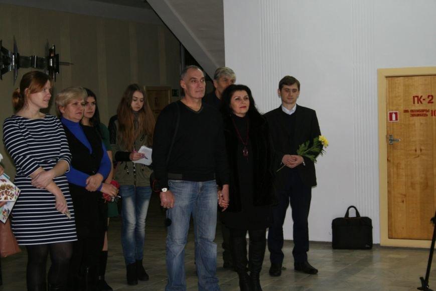 В Новополоцке открылась вторая персональная выставка Сюзанны Сафоновой. ФОТО, фото-2