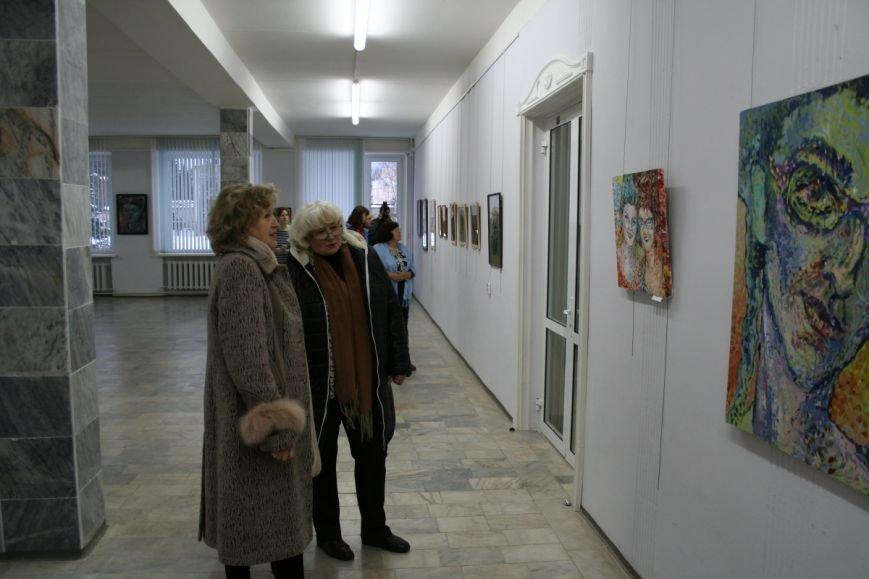 В Новополоцке открылась вторая персональная выставка Сюзанны Сафоновой. ФОТО, фото-3