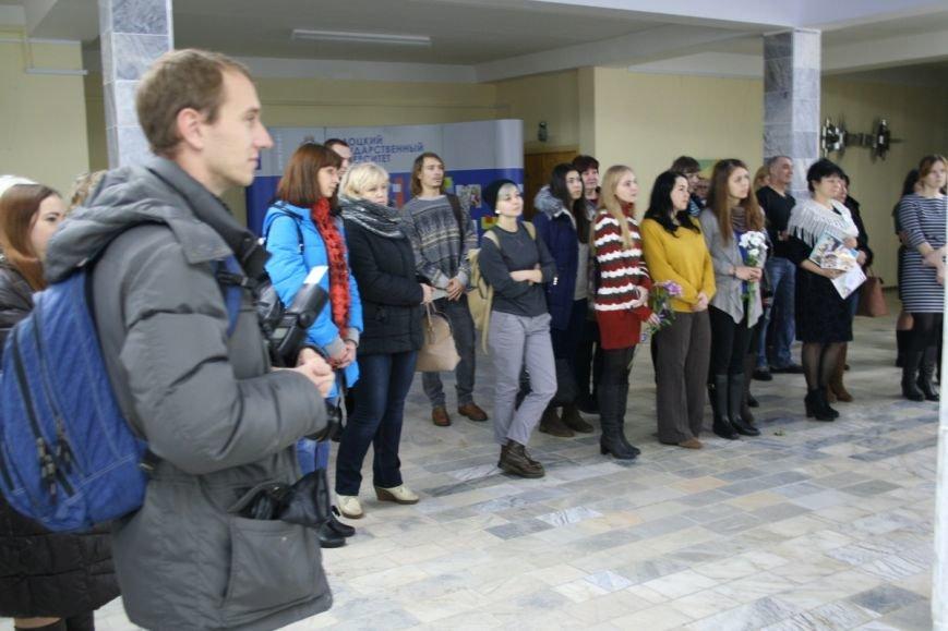 В Новополоцке открылась вторая персональная выставка Сюзанны Сафоновой. ФОТО, фото-1