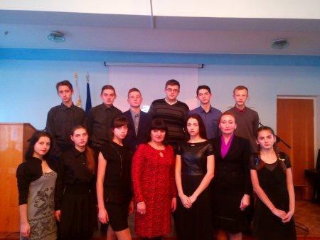 В Новоград-Волинському медичному коледжі відбувся виховний захід «Розіп'ята душа на хресті всесвітньої печалі», фото-3