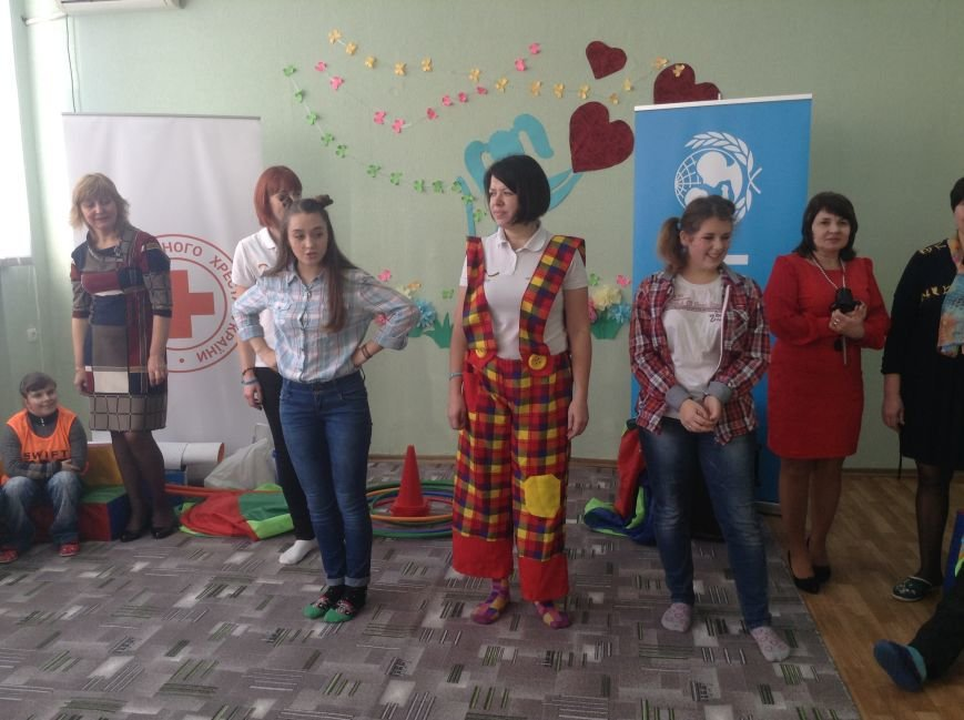 В Покровске детям с ограниченными возможностями подарили настоящий праздник, фото-10