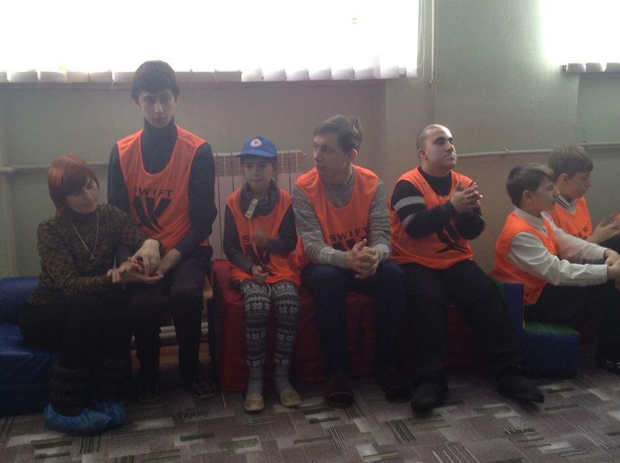 В Покровске детям с ограниченными возможностями подарили настоящий праздник, фото-2