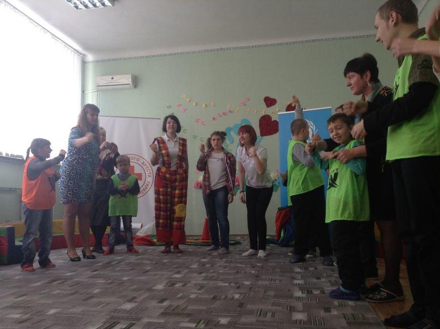 В Покровске детям с ограниченными возможностями подарили настоящий праздник, фото-8