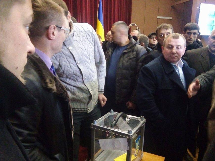 Драку депутатов Сумского облсовета разнял главный полицейский Сумщины (ФОТО), фото-2