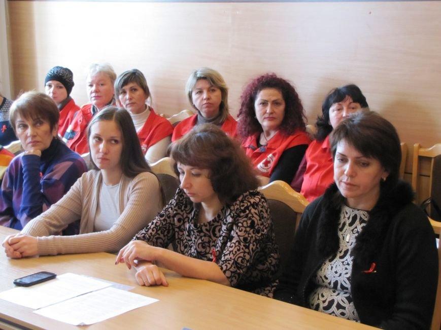 В Мелитополе незащищенный секс породил новую армию ВИЧ-инфицированных, фото-5