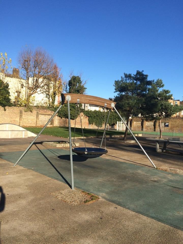 Где играют дети в Мариуполе и странах Европы (ФОТО), фото-17