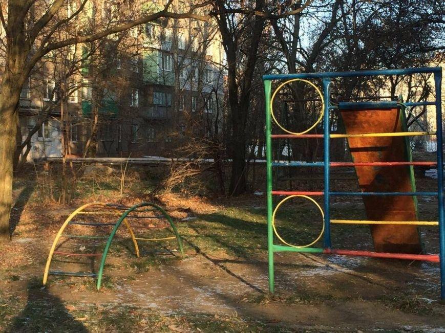 Где играют дети в Мариуполе и странах Европы (ФОТО), фото-1