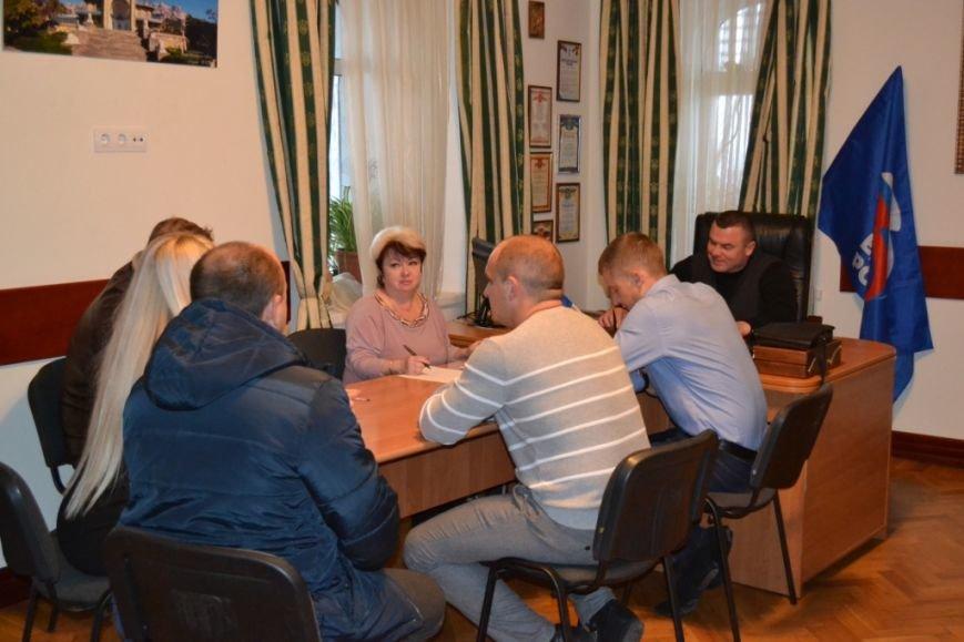 Юбилей партии «Единая Россия» в Алупке и Кореизе отметили приемом граждан, фото-3