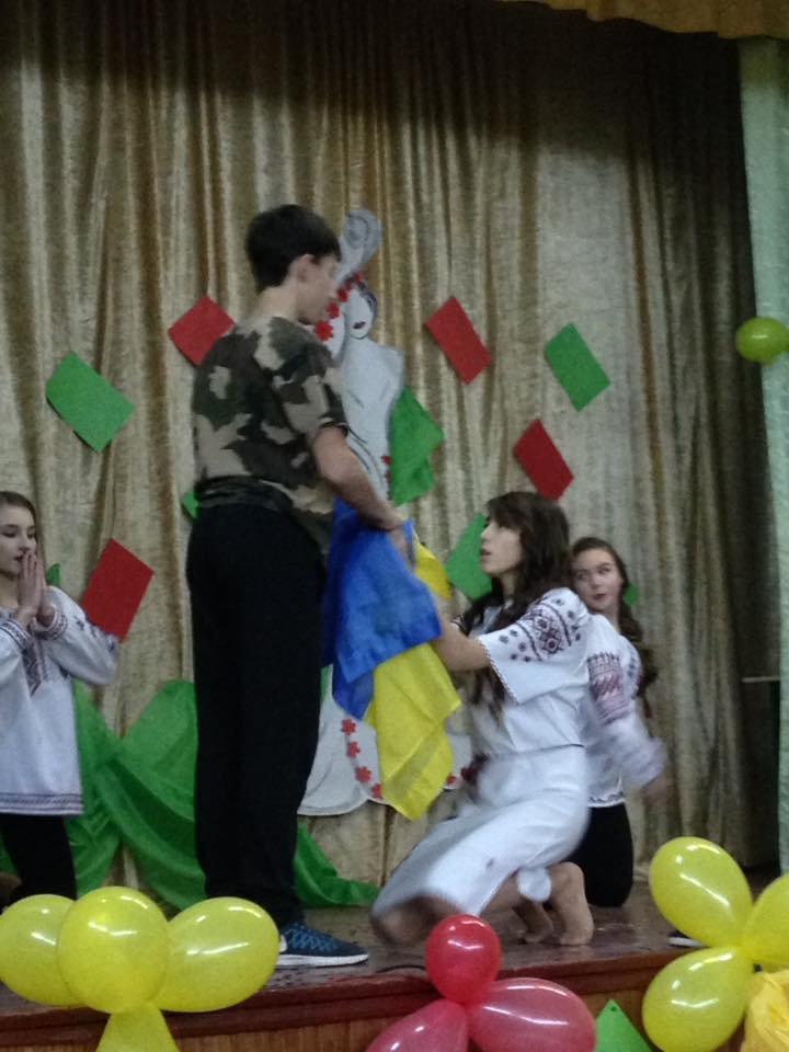 В Броварській ЗОШ № 3 визначили «Королеву школи – 2016», фото-2