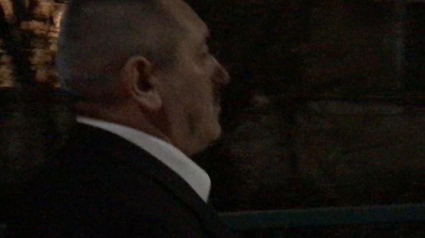 "ДТП в Ужгороді - п'яний доцент на ""БМВ"" врізався в екскаватор: фото, фото-2"