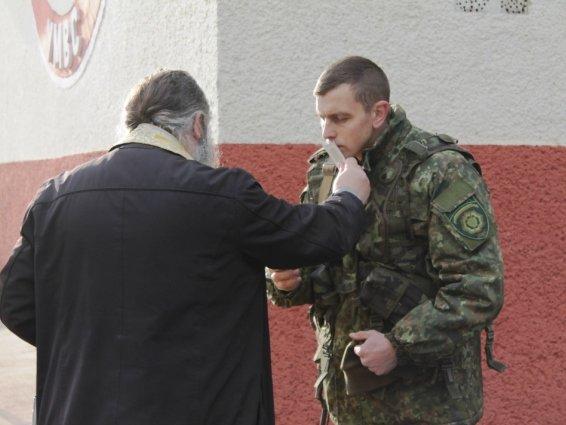 Четверо закарпатських кінологів поїхали захищати Україну в зону АТО: фото, фото-7