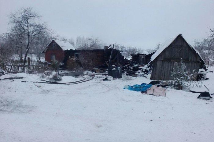 На пожаре под Витебском сгорели двое парней и 18-летняя девушка, фото-1
