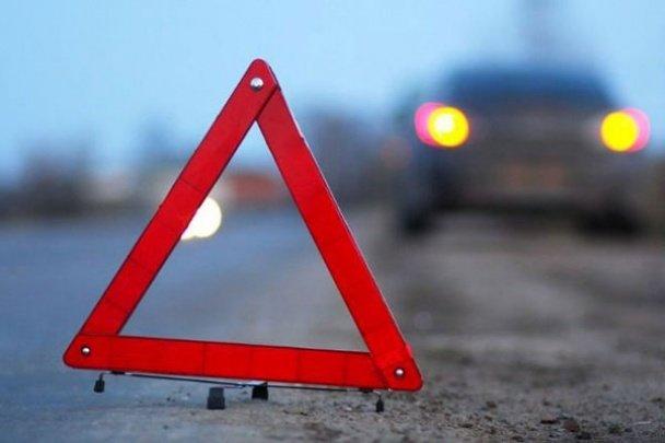 "ДТП у центрі Ужгорода: ""Тойота"" наїхала на ""Мерседес"", фото-1"