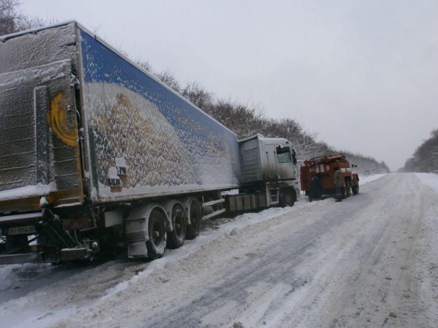 В Полтавской области продолжается борьба со снегом: спасатели помогли 221 автомобилю (ФОТО), фото-2