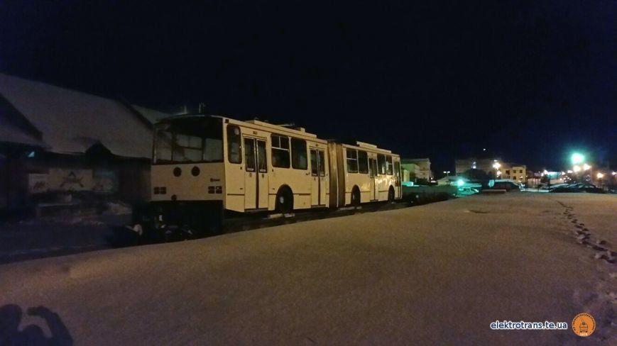 До Тернополя привезли чергового тролейбуса з Європи (фото), фото-3
