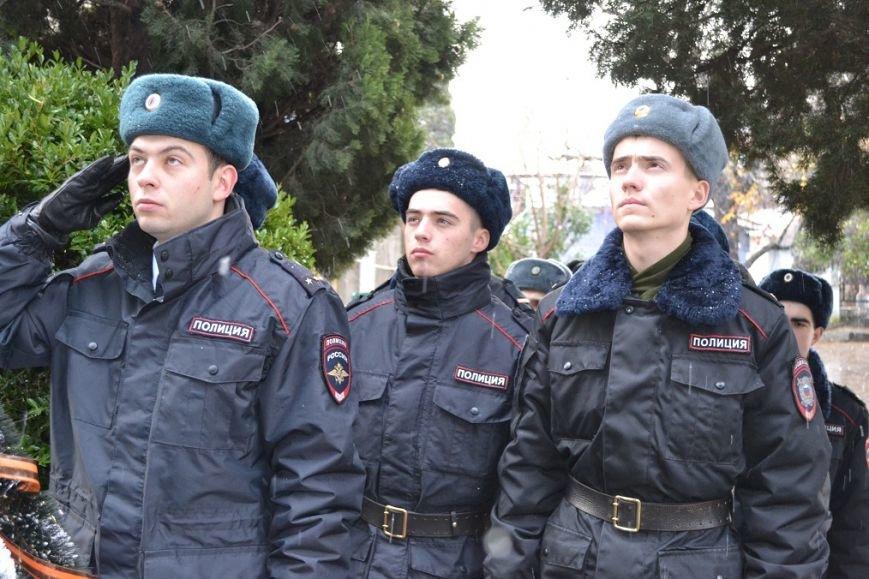 В Гаспре отдали дань уважения и памяти погибшим героям в День Неизвестного солдата, фото-2
